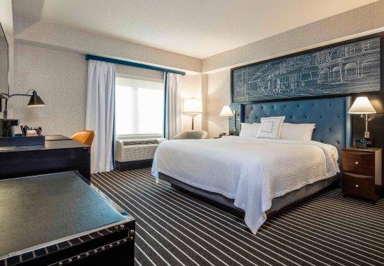 Brookline, MA: One-Bedroom Suite Sleeping Area
