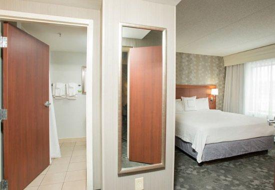 West Chester, Οχάιο: King Suite