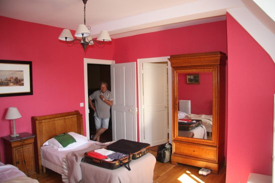 manoir de lanroz vu de l 39 odet photo de manoir de lanroz quimper tripadvisor. Black Bedroom Furniture Sets. Home Design Ideas