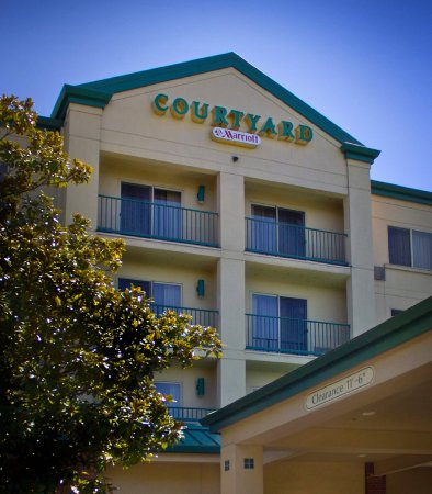 Photo of Courtyard Portland Tigard