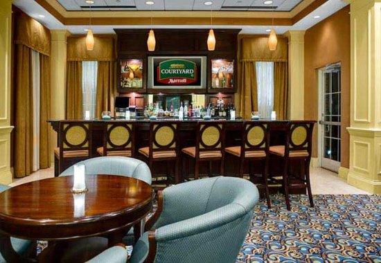 Chapel Hill, NC: Lobby Bar