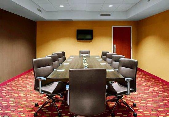 Greenville, NC: Boardroom