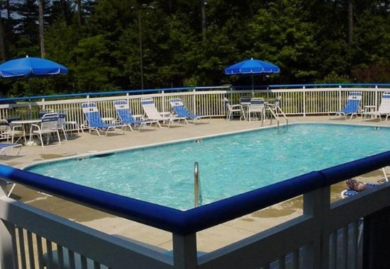 Fairfield Inn Portland Maine Mall: Outdoor Pool