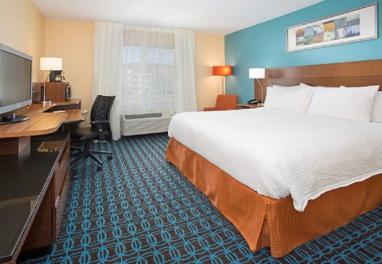 Milford, MA: King Guest Room