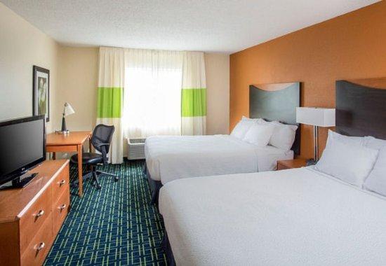 Middletown, OH: Queen/Queen Guest Room
