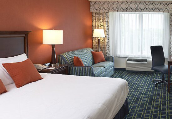 King of Prussia, PA: King Guest Room