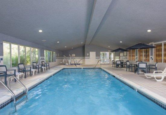 Okemos, MI: Indoor Pool
