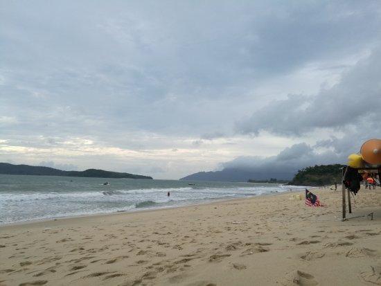 Pantai Cenang, Malaysia: IMG_20160918_173521_large.jpg