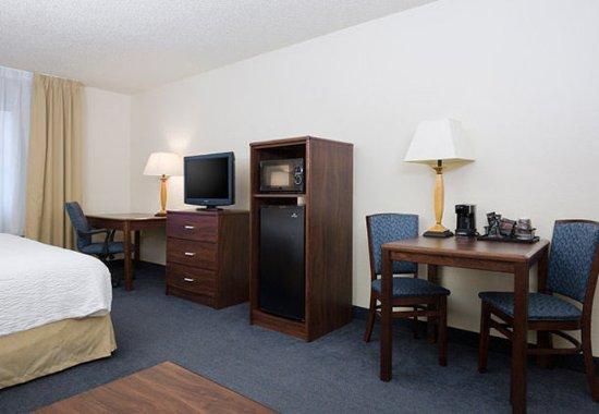 Roseville, Kaliforniya: Executive King Suite - Amenities