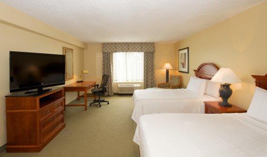 Hilton Garden Inn Jacksonville JTB / Deerwood Park: Double Bed