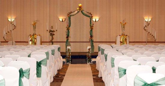 Allen, TX: Wedding Set-Up