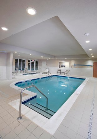 Solomons, MD: Indoor Pool & Hot Tub