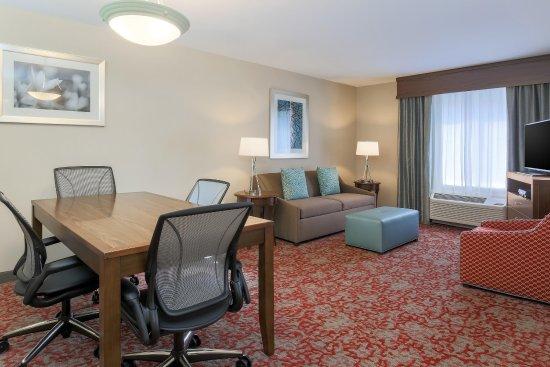 Nanuet, Nova York: boardroom living area
