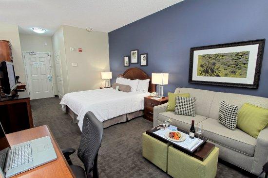 เวสต์บิวรี, นิวยอร์ก: Westbury King Hotel Room