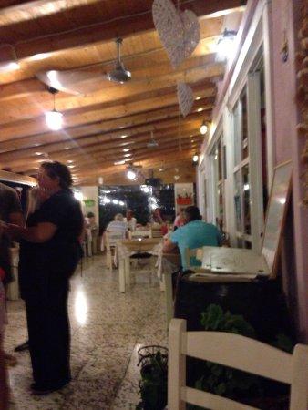 Socrates Taverna: photo3.jpg