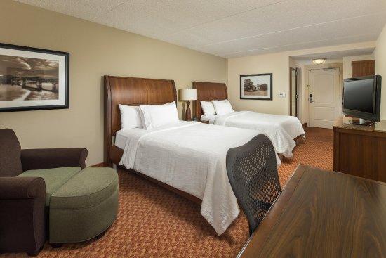 Hilton Garden Inn Chattanooga / Hamilton Place: Double Bed with Desk