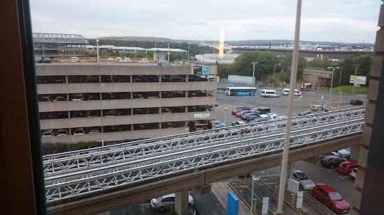 Hotel ibis budget Birmingham Airport: photo1.jpg