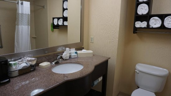 Хейворд, Калифорния: Guest Room Bathroom