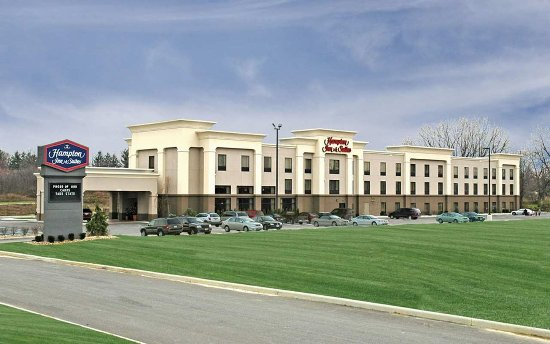 Welcome to Hampton Inn & Suites Canfield Ohio Hotel - Photo Tour