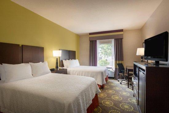 Saint Robert, MO: 2 Double Beds Guestroom