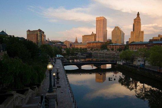 Seekonk, MA: Providence Skyline