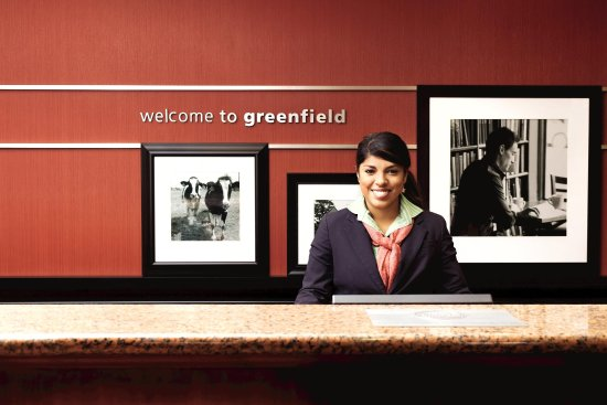 Greenfield, MA: Front Desk