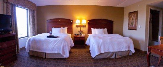 Schertz, TX: 2 Queen Beds