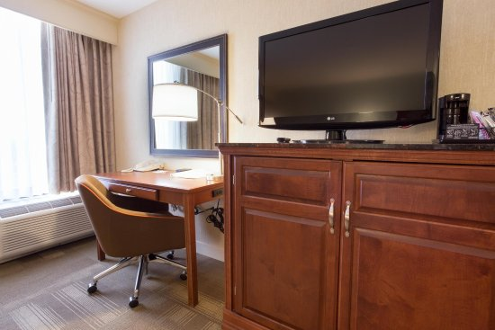 Valley Park, MO: King Study Desk and TV