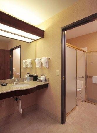 Richland, WA: Roll-In Shower