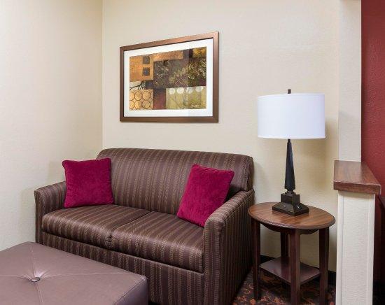 Shawnee, Оклахома: King Bed