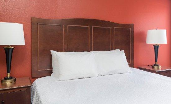 Shawnee, Оклахома: Queen Bed