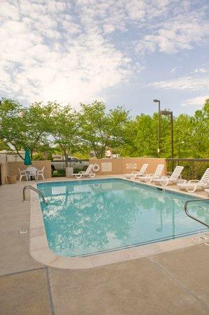 Starkville, MS: Outdoor Pool
