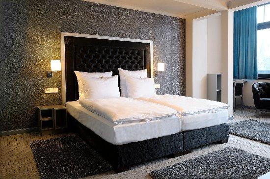 Whirlpool Im Zimmer Picture Of Hotel Schoene Aussicht Dresden