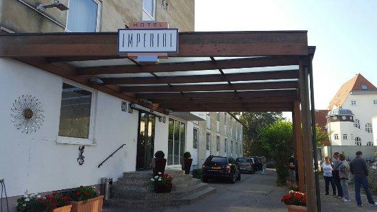 Imperial Hotel: 20160924_100108_large.jpg