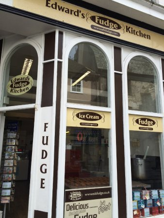Edwards Fudge Kitchen