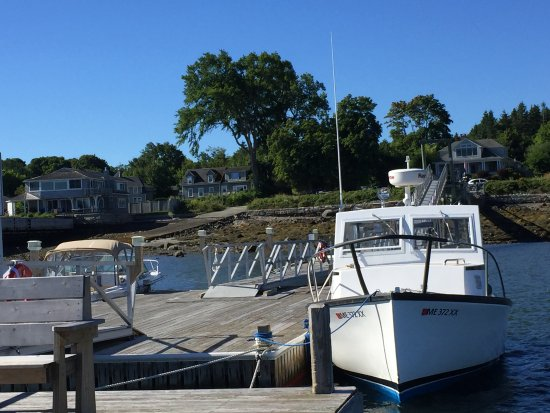 Pier One Vacation Rentals: Peaceful In Town Ferry Dock