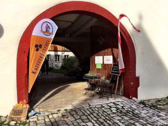 Randersacker, Niemcy: Eingang über den Innenhof