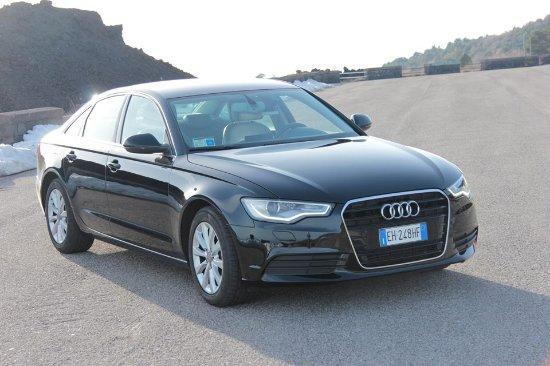 Ragalna, Itália: Audi A6 sedan Etna driver