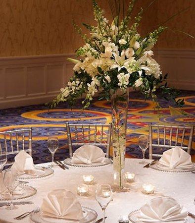 Quincy, MA: Grand Ballroom Banquet Setup