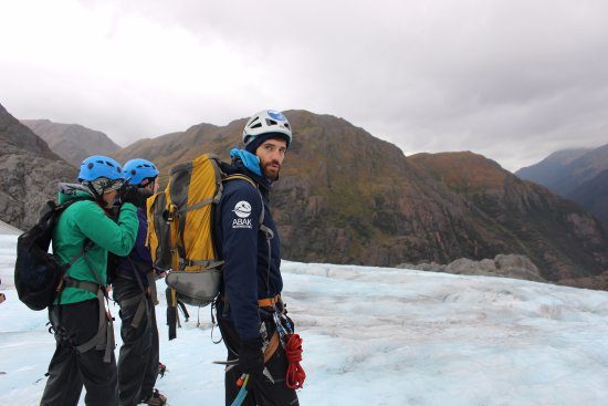 Above & Beyond Alaska: Exploring the Lemon Glacier with our Above & Beyond guide