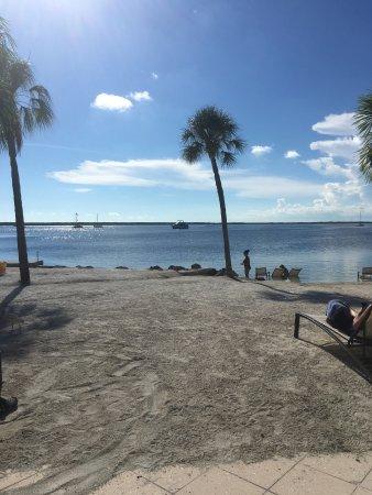 Hampton Inn Key Largo: Private Beach View