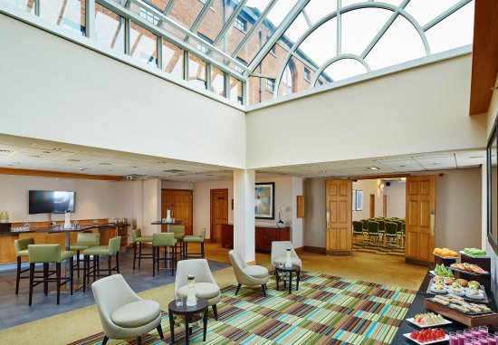 Manchester Marriott Victoria & Albert Hotel: John Logie Baird Suite - Foyer