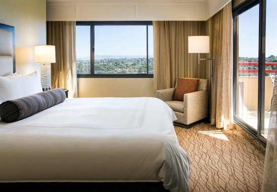Manhattan Beach, CA: Junior Suite - Sleeping Area