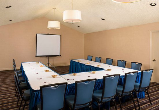 Fremont, CA: Meeting Room