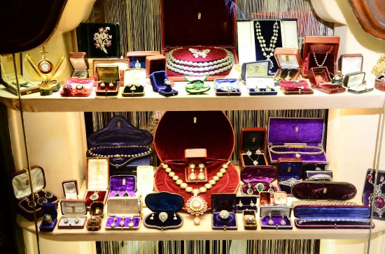Boybeyi Jewellery
