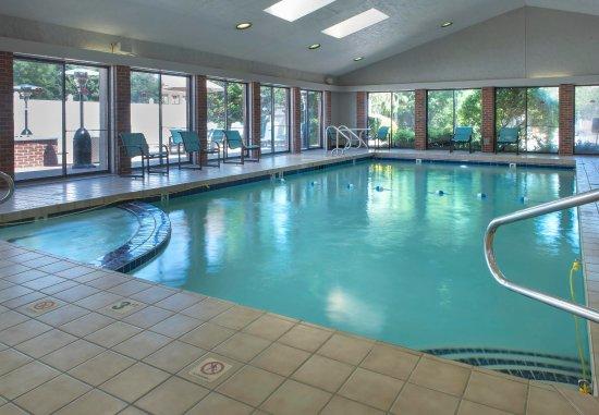 Warwick, RI: Indoor Pool