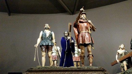 Museo de Semana Santa de Zamora: 20160927_175155_large.jpg