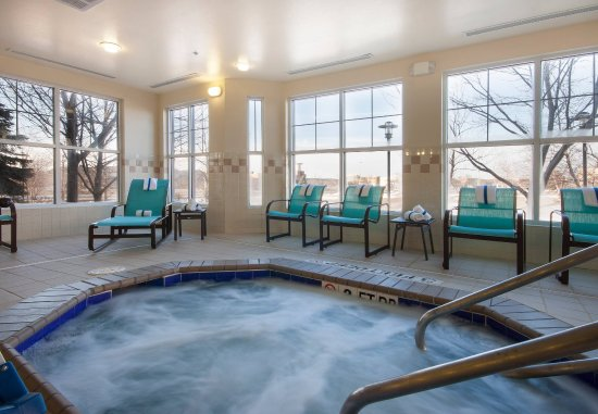 West Des Moines, IA: Indoor Whirlpool