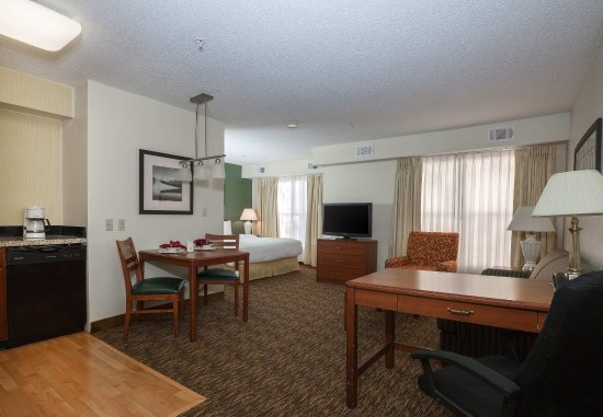 Independence, MO: Studio Suite