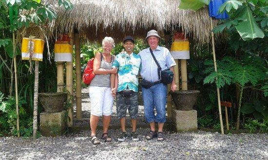 Jimbaran, Indonesia: it was great day tour with Ms.Lisbeth and Mr.bent , coffee plantation, butterfly park, ubud area